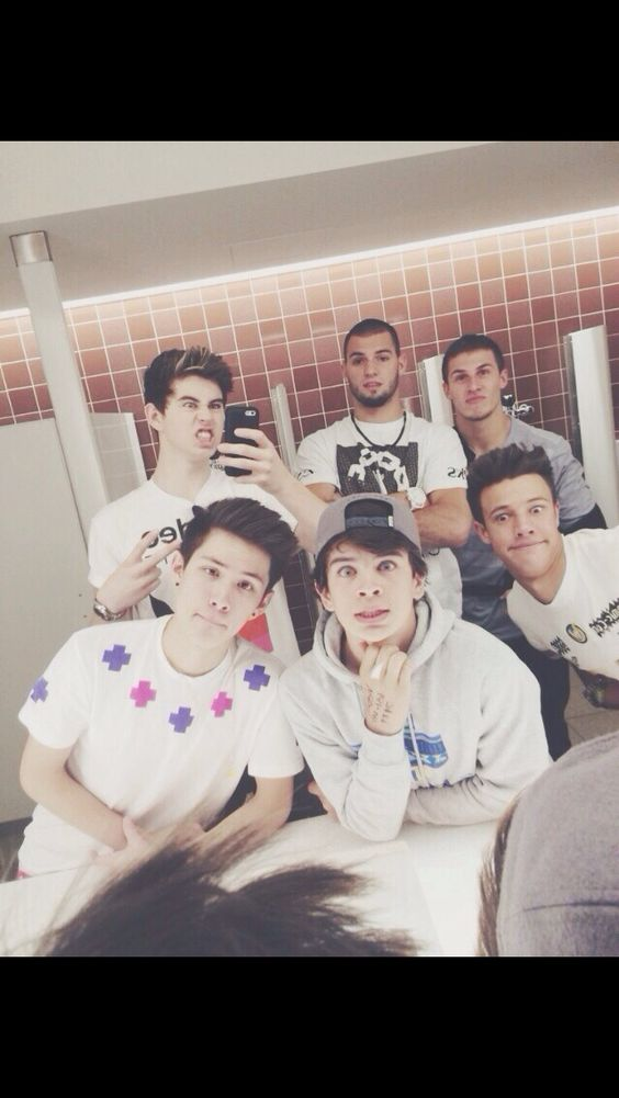 Nash, Hayes, Will Grier, Carter Reynolds, and Cameron Dallas