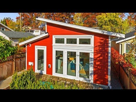 Amazing Spacious Modern Lane House Has A Modern Shed Roof Line Youtube Modern Shed Shed Roof Design Shed Roof