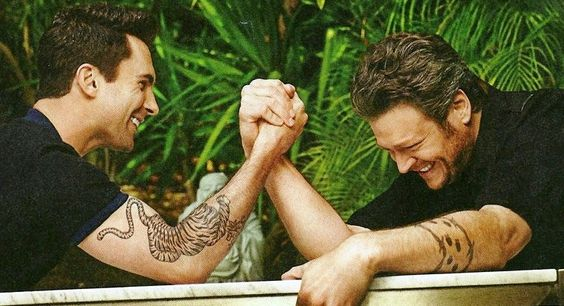Adam Levine and Blake Shelton <3<3