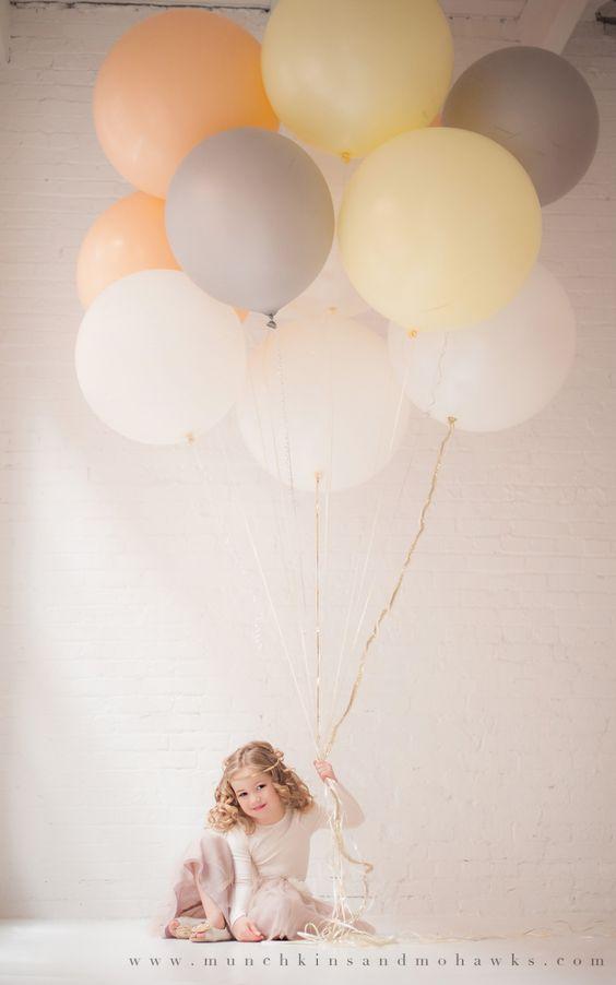 ballons géants, enfant, anniversaire, femme, fille, garçon