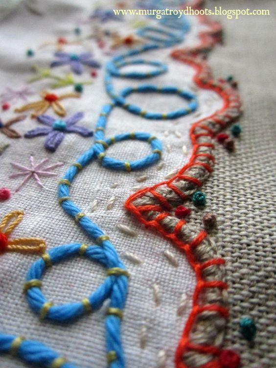 Couching. Коучинг. Техника укладывания нити на ткани с последующим прикреплением другой нитью того же или контрастного цвета. Слово коучинг происходит от французского слова Coucher – укладывать.