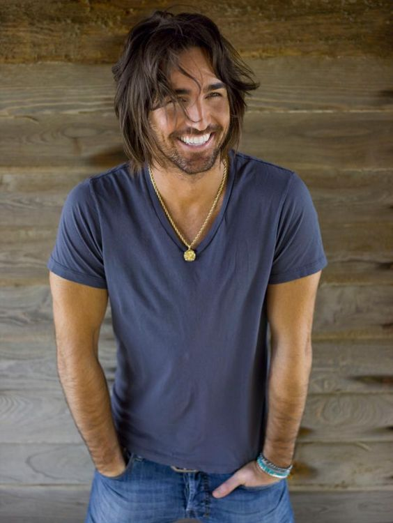 Jake Owen.  I don't know who this is, but OK who cares.......YUM!