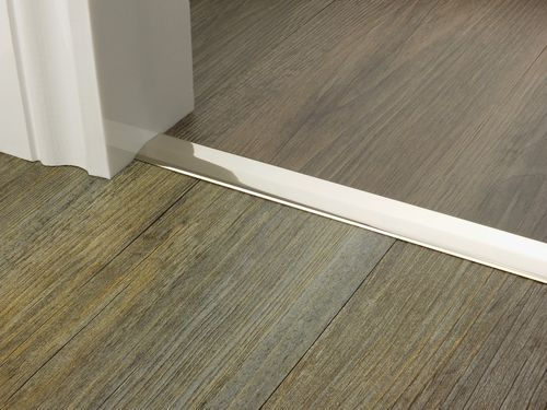 Premier Trim Twowayramp In Polishednickel Flooring Doorbar Http Stairrods Co Uk Door Bar Two Way 2 3mm Door Bar Floating Floor Doors
