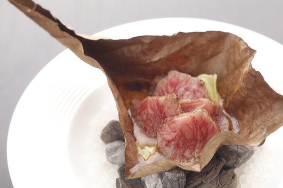 豊かな自然の恵みを味わう里山フレンチ 夕食は館内の菜園レストランで供される「里山フレンチ」です。これは自家栽培 […]