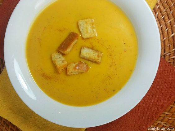 Emily Bites - Weight Watchers Friendly Recipes: Butternut Squash Soup