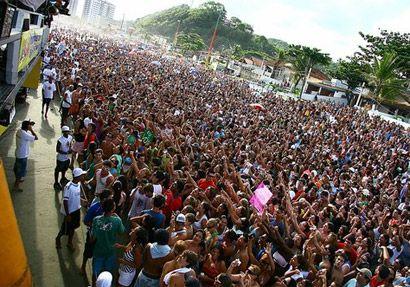 """Em clima de férias, a Praia do Cibratel vai ser palco do MICAITA. A partir das 16 horas, os foliões se divertem com a micareta que terá a apresentação das bandas Jammil e Uma Noites, Ara Ketu e Babado Novo. Com entrada Catraca Livre. Na abertura do festival, a banda de axé Jammil e Uma...<br /><a class=""""more-link"""" href=""""https://catracalivre.com.br/sp/agenda/barato/micaita-reune-ara-ketu-e-babado-novo-em-itanhaem/"""">Continue lendo »</a>"""