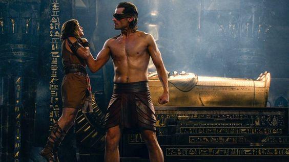 'Các vị thần Ai Cập': Hào nhoáng nhưng thiếu chiều sâu: