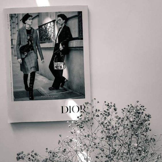 🌸Happy Thursday friends 🌸 #dior #fw2018... I see you later 🌸... #fashion #fashionblogger #fashionista #style #fashionstyle #ootd…