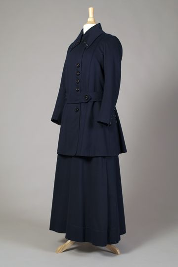 Navy suit, ca. 1915. Collection of the Kent State University Museum 1985.42.27ab