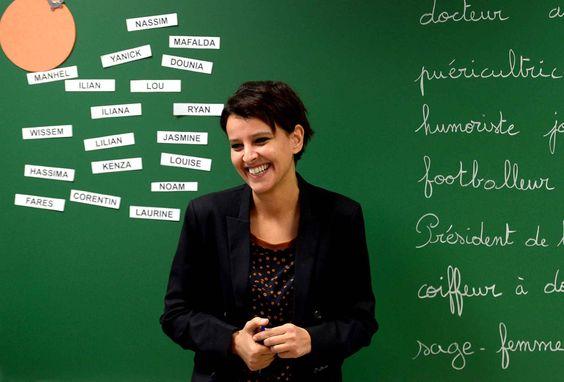 Najat Vallaud-Belkacem, ministre du Droit des femmes et porte-parole du gouvernement, en visite dans une école primaire à Villeurbanne, le 1...