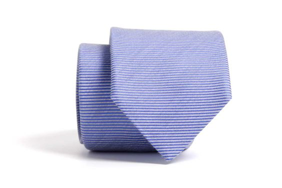 Preciosa corbata para primavera