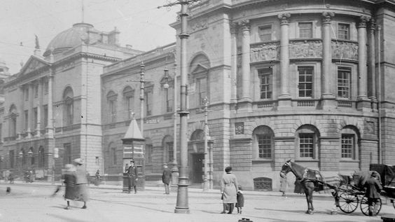 the Guildhall, Bath, England. 1920s.