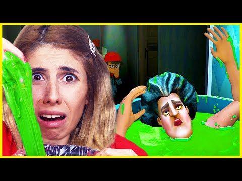 Scary Teacher 3d Deli Ogretmen Oyun Kent Youtube Crown Jewelry Scary