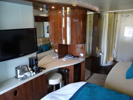 Norwegian Epic balcony cabin, with view of shower cubicle ...