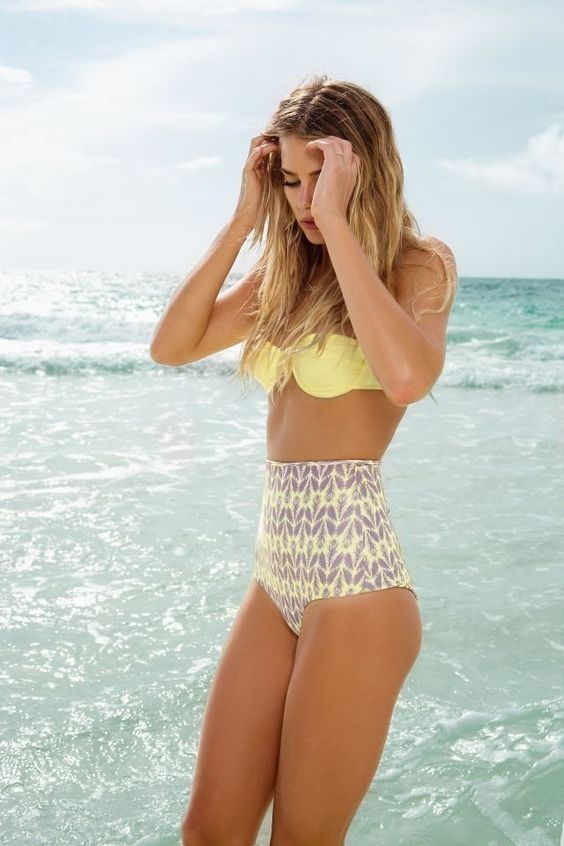 Not sure how this works on a few more curves...but I've been intending to try.  Love the colors. yellow & grey/ high waist