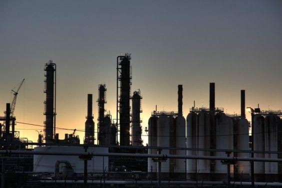 Preços do petróleo para cima com Brent a US$49,67 o barril - http://po.st/0nqmQL  #Setores - #Opep, #Petróleo, #Reunião