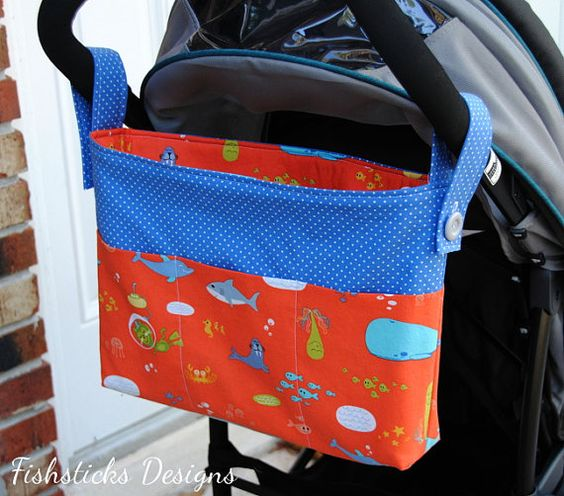 Off for a stroll and need to have your hands free? Take the Going for a Stroll Hands-free Tote along! This bag features straps that button over