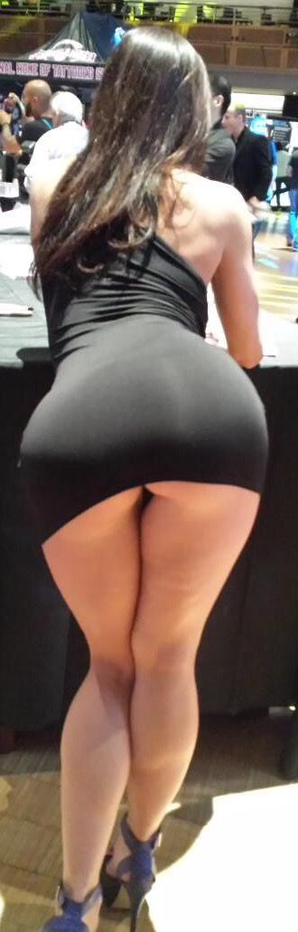 Mika tan anal