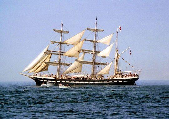 La Mer - 10 images de bateaux - Frawsy