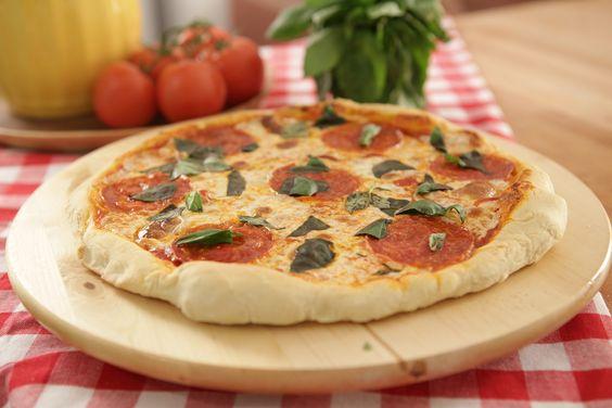 Pizza à lenha sem lenha   Massas > Receitas de Pizza   Dulce Delight - Receitas Gshow