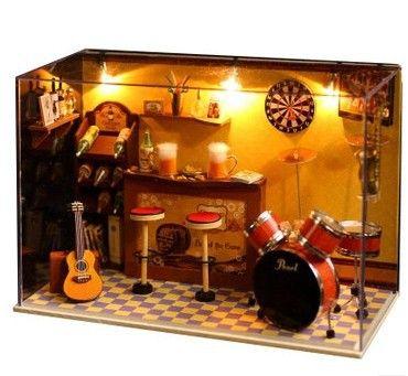 Wooden music box- great present for boyfriend