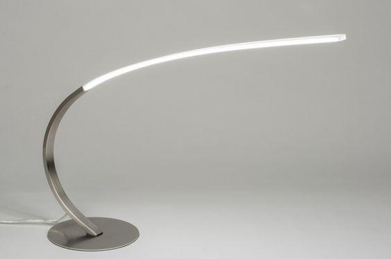 Strak Vormgegeven Keuken : Gestroomlijnd armatuur voorzien van LED ...