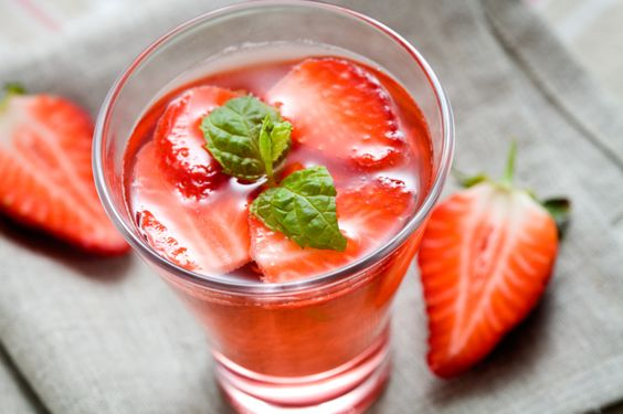 Recipe: Strawberry Infused Sports Drink