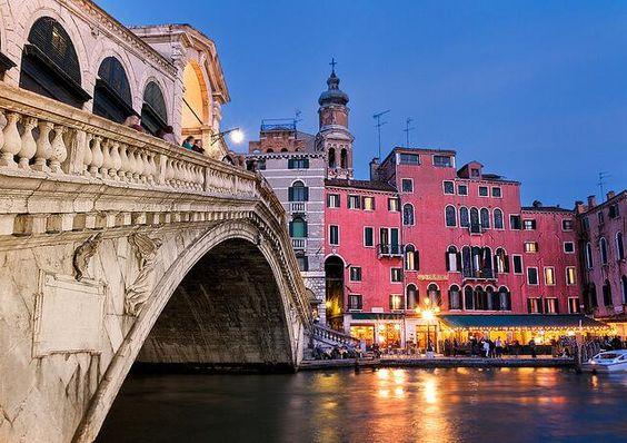 Rialto Bridge - Venetian evening