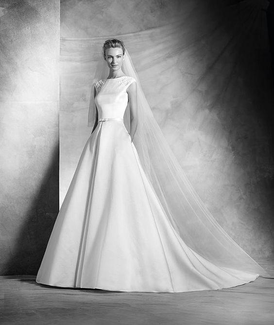 Vela, robe de mariée, décolleté bateau, style classique