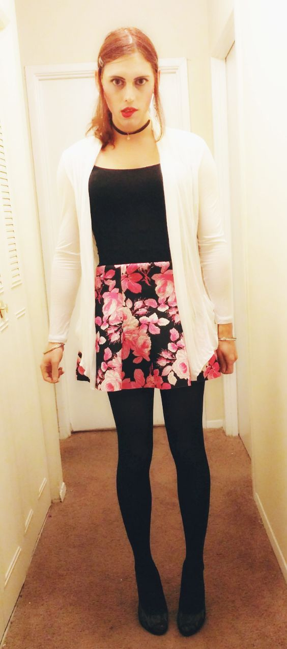 What's not to love about short skirts, cardigans, and heels? :) As always, I love conversation, so feel free to tell me what you think!
