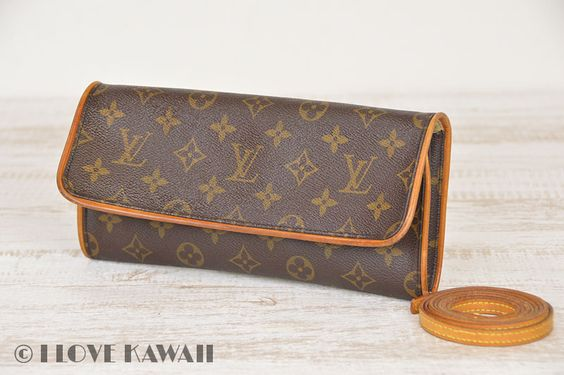 Louis Vuitton Monogram Pochette Twin GM Shoulder Bag M51852