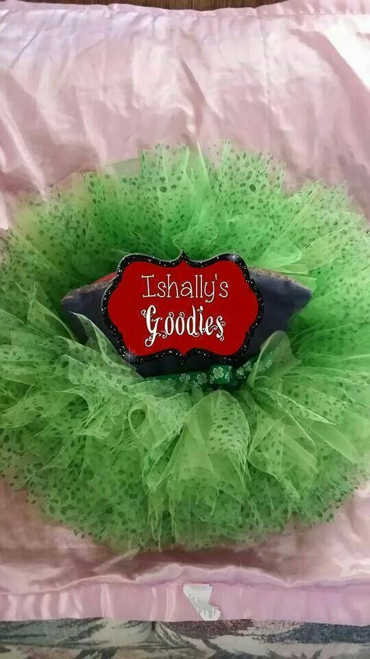 Great bows for any occasion or just everyday www.facebook.com/ishallysgoodies