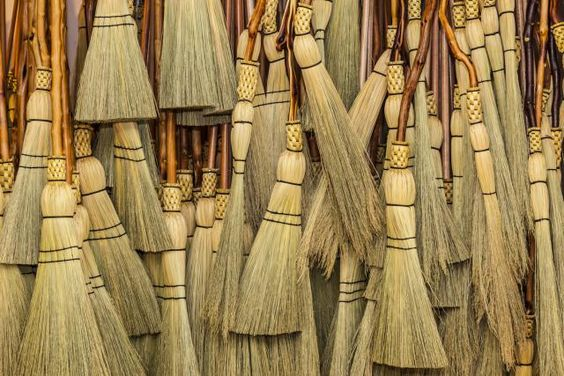 The besom is the traditional witch's broom. Learn how to create a besom with natural items in just a few steps.: