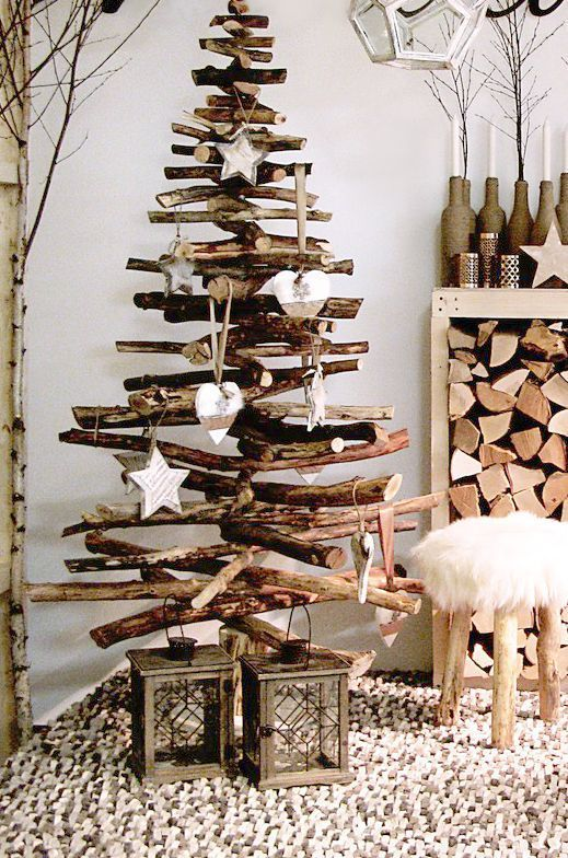 Pin By Nanemmsae On Let S Be Jolly Driftwood Christmas Tree Christmas Apartment Christmas Decorations Rustic