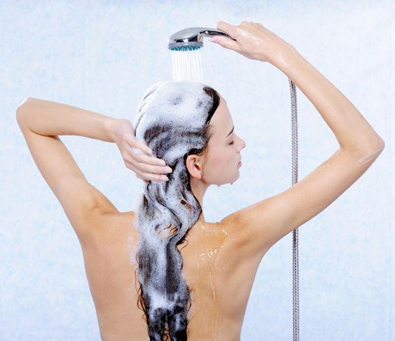 洗い方でこんなに差が!美しい髪を保つ「正しい頭の洗い方」伝授します。