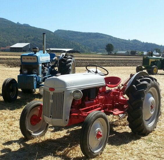 Smith Ford Tractors : Old ford tractors rigs pinterest