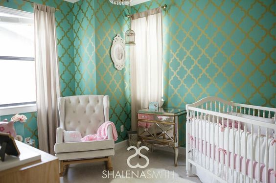 Hollywood Glam #Nursery - the wallpaper makes a huge impact, but it balanced out by other neutral pieces.