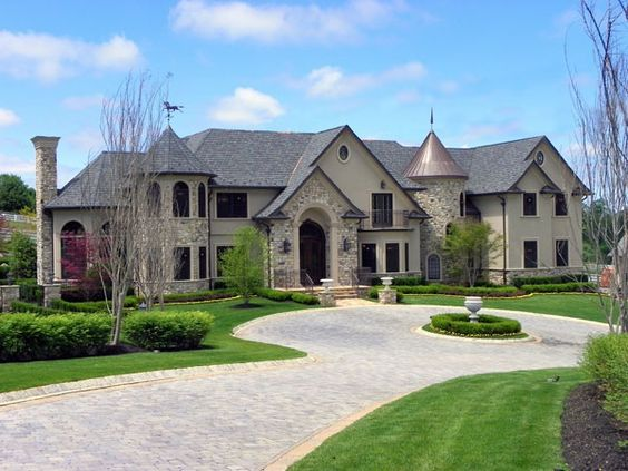 This Magnificent Custom Home Was Built By John Kling