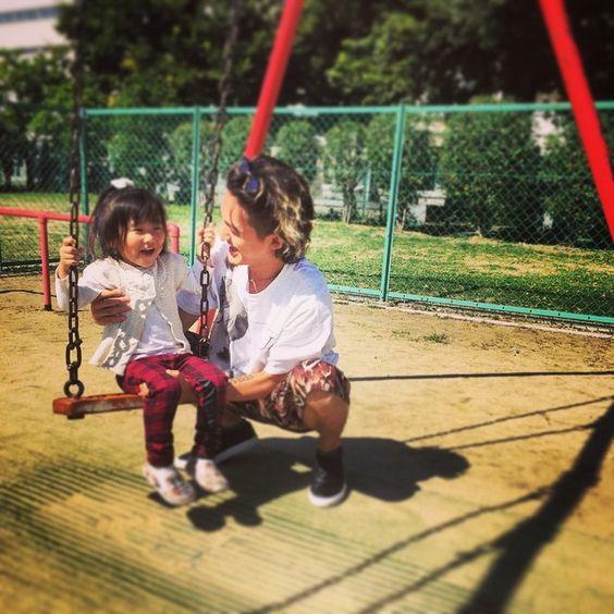 今日は朝から公園で遊びまくってクタクタ....。 子供の体力半端ない!!(笑)