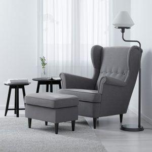 fauteuil gris confortable avec repose pied assorti pas cher ikea icone strandmon decoration. Black Bedroom Furniture Sets. Home Design Ideas