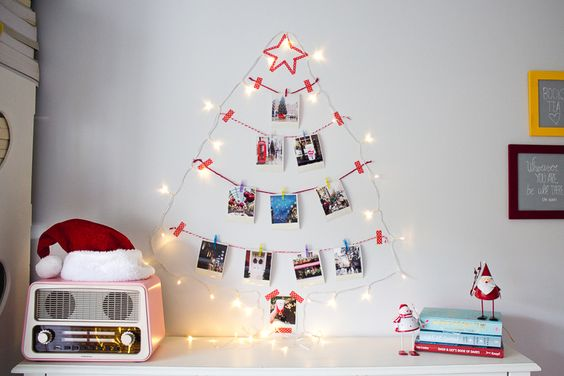 D.I.Y: Polaroid Tree