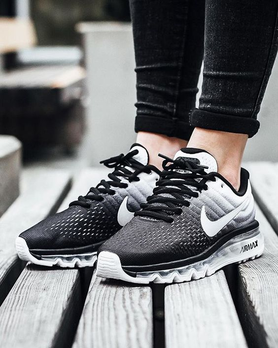 Nike Air Max 2017: Black/White: