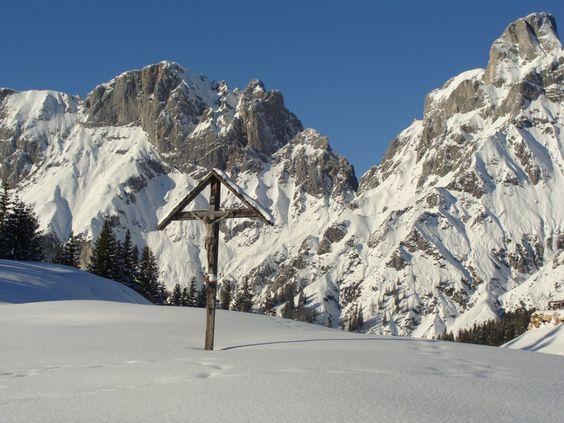 Kreuz in der Nähe der Mödlingerhütte..