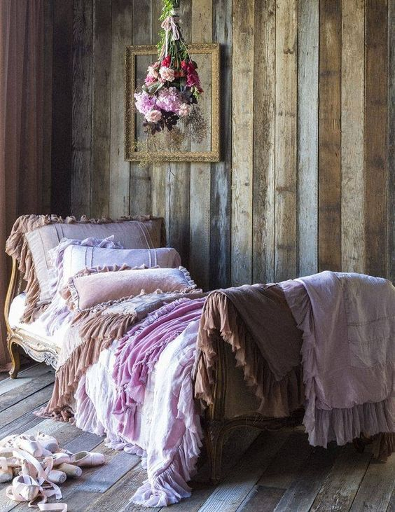 bella notte valentina bedding room home vintage bed decorate boho bedding daybed corner interior design