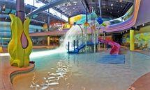 5 Albuquerque Water Parks Kids Will Love: Hotel Cascada Water Park