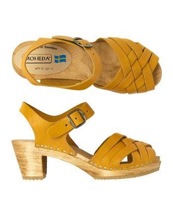 F1BAF-F1DAG - Swedish clog sandal with a braided...