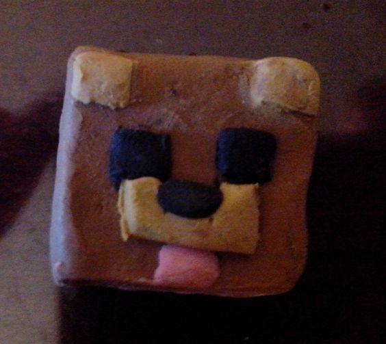 Skin de elrubiusomg hecha de plastilina