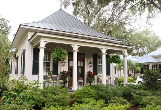 Southern Style Cottage In And Ferns On Pinterest