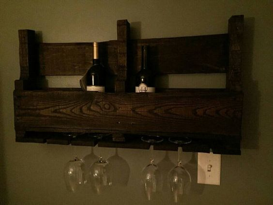 Plataforma de estante del vino por Farmhouseatticwi en Etsy