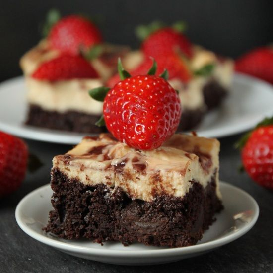 Cheesecake brownies, Strawberry cheesecake and Cheesecake on Pinterest